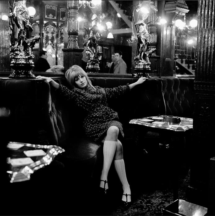 Marianne Faithfull In The Pub